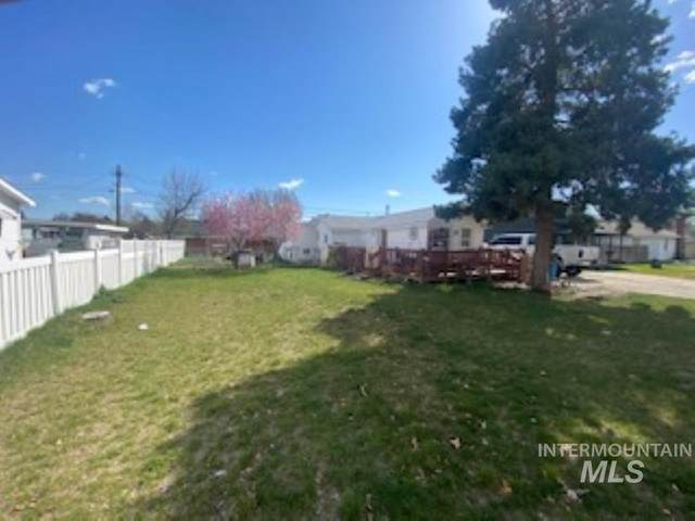 501 E 3rd E. Main, Emmett, ID 83617 (MLS #98799930) :: Bafundi Real Estate