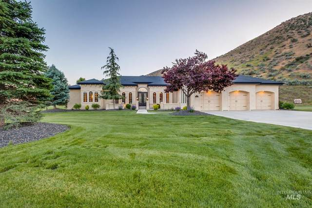4642 W Shafer Meadow Lane, Boise, ID 83714 (MLS #98800027) :: Juniper Realty Group