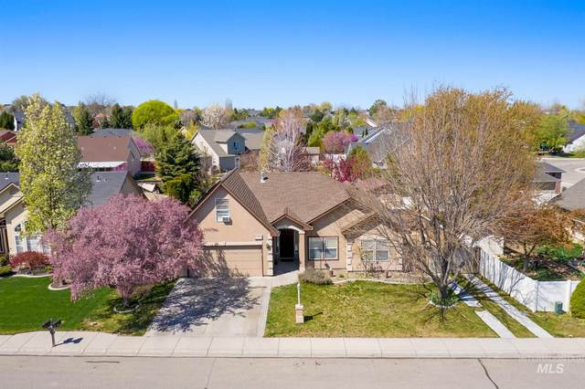 2327 Wildrye Way, Nampa, ID 83686 (MLS #98800034) :: Shannon Metcalf Realty