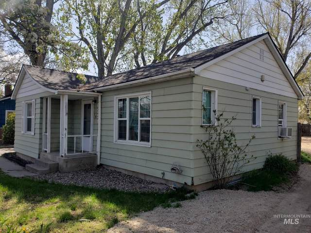 6251 W Poplar St, Boise, ID 83704 (MLS #98800127) :: Shannon Metcalf Realty