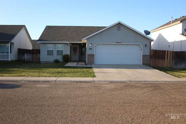 3107 Village Green, Caldwell, ID 83605 (MLS #98800184) :: Haith Real Estate Team