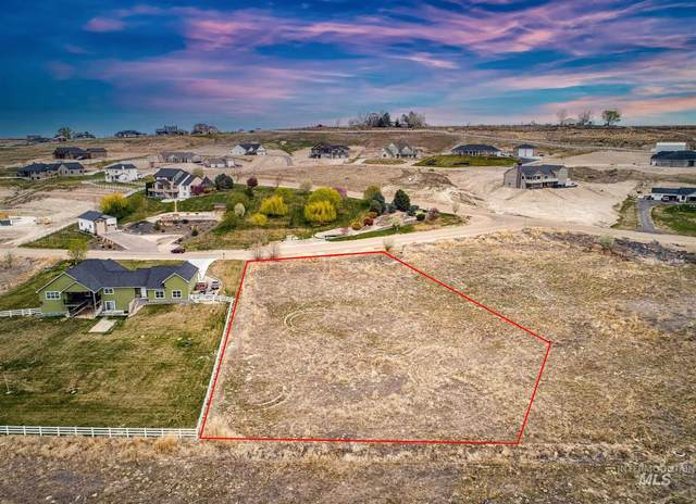 1406 Oak River Ln, Caldwell, ID 83607 (MLS #98800261) :: Hessing Group Real Estate