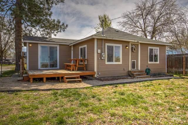 1125 Cascade Rd, Emmett, ID 83617 (MLS #98800307) :: Epic Realty