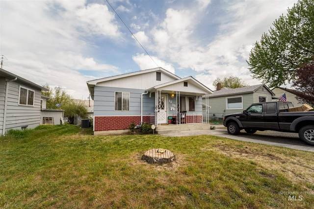 1215 N St, Lewiston, ID 83501 (MLS #98800778) :: Epic Realty