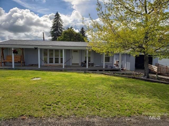 1301 Clark St, Cottonwood, ID 83522 (MLS #98800827) :: Team One Group Real Estate