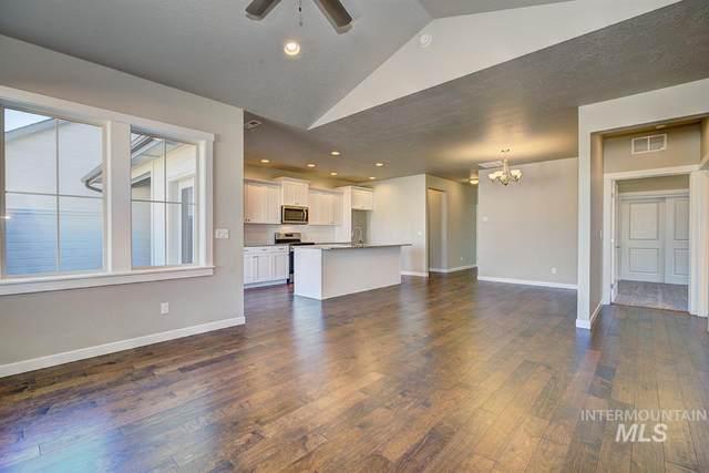 4181 E Bellina Ln, Meridian, ID 83642 (MLS #98800905) :: Michael Ryan Real Estate