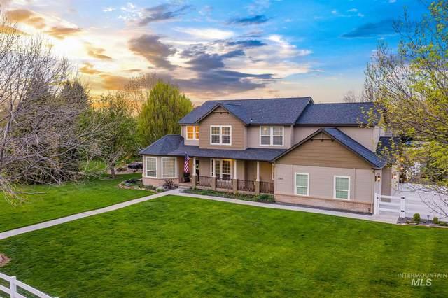 3300 E Dartmoor Drive, Meridian, ID 83642 (MLS #98800917) :: Build Idaho