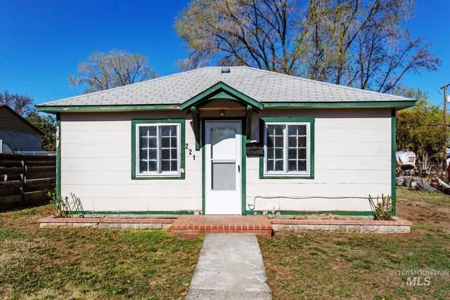 221 Elm Street, Twin Falls, ID 83301 (MLS #98800927) :: Jon Gosche Real Estate, LLC
