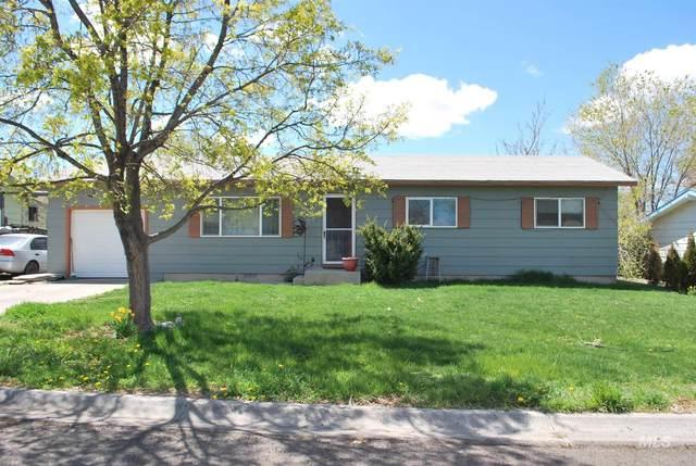 117 Sunset Circle, Buhl, ID 83316 (MLS #98800978) :: Build Idaho