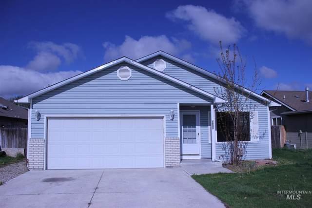 1031 S Cherokee Ave, Emmett, ID 83617 (MLS #98801179) :: Story Real Estate