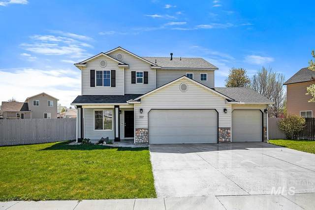 227 W Tallulah, Kuna, ID 83634 (MLS #98801183) :: Michael Ryan Real Estate