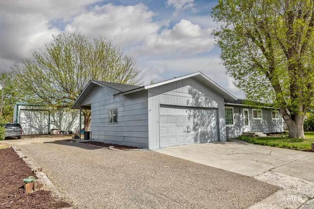 8100 Estates Blvd, Fruitland, ID 83619 (MLS #98801360) :: Trailhead Realty Group
