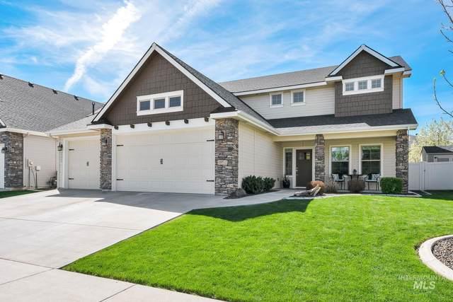 255 E Whitehall, Meridian, ID 83642 (MLS #98801452) :: Minegar Gamble Premier Real Estate Services