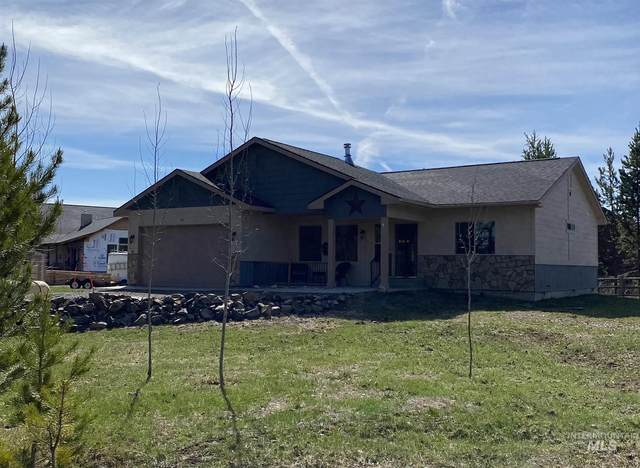 40 White Fir Loop, Donnelly, ID 83615 (MLS #98801531) :: Epic Realty