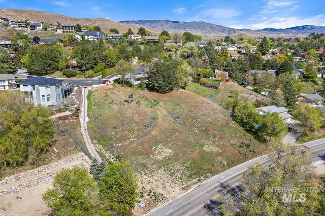 2484 W Hill Road, Boise, ID 83702 (MLS #98801768) :: City of Trees Real Estate