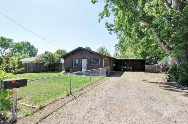 2206 Lincoln, Caldwell, ID 83605 (MLS #98801874) :: Jon Gosche Real Estate, LLC