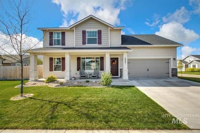 2841 W Jayton Drive, Meridian, ID 83642 (MLS #98801925) :: Minegar Gamble Premier Real Estate Services