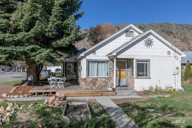 13 E Spruce Street, Hailey, ID 83333 (MLS #98801946) :: Boise River Realty