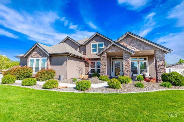 5714 W Willowtree, Nampa, ID 83687 (MLS #98801953) :: Minegar Gamble Premier Real Estate Services