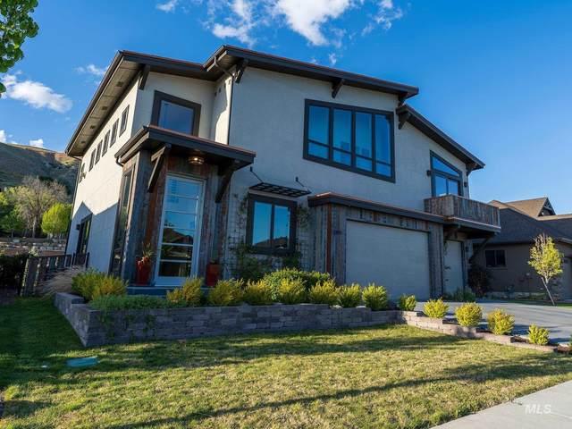 3390 E Parsnip Peak Drive, Boise, ID 83716 (MLS #98801969) :: Beasley Realty