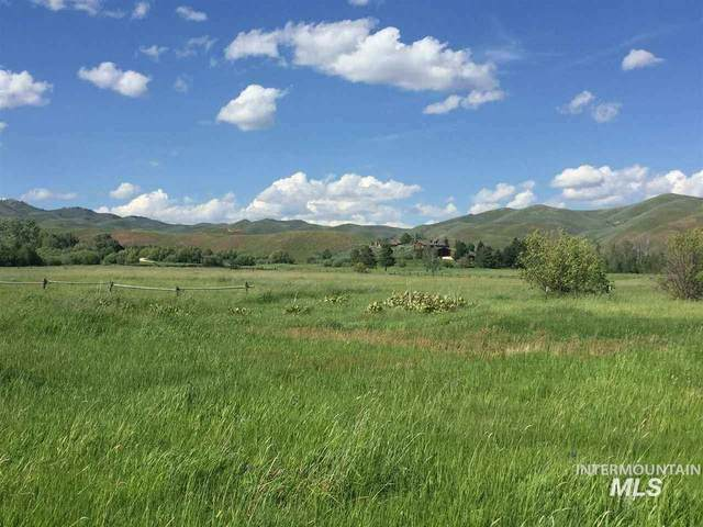 465N 470W Fairfield, Fairfield, ID 83327 (MLS #98801977) :: Build Idaho