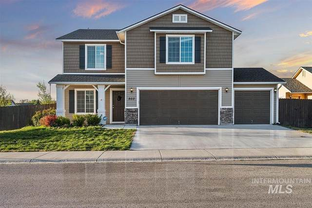 950 Sw Colonial Drive, Mountain Home, ID 83647 (MLS #98802011) :: Beasley Realty