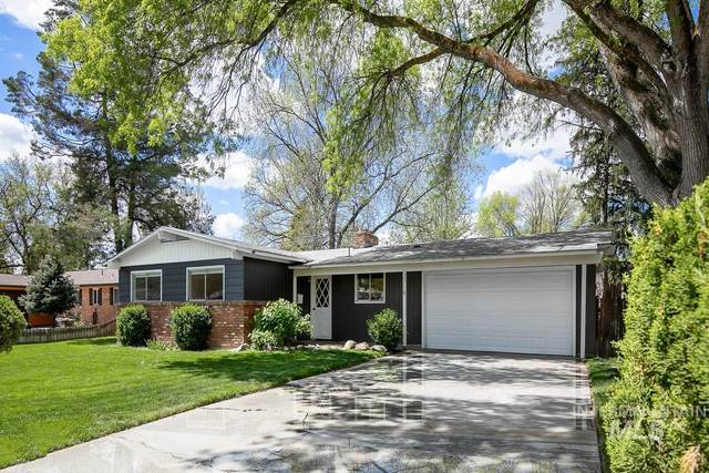 3719 E Clement Rd, Boise, ID 83704 (MLS #98802082) :: The Bean Team