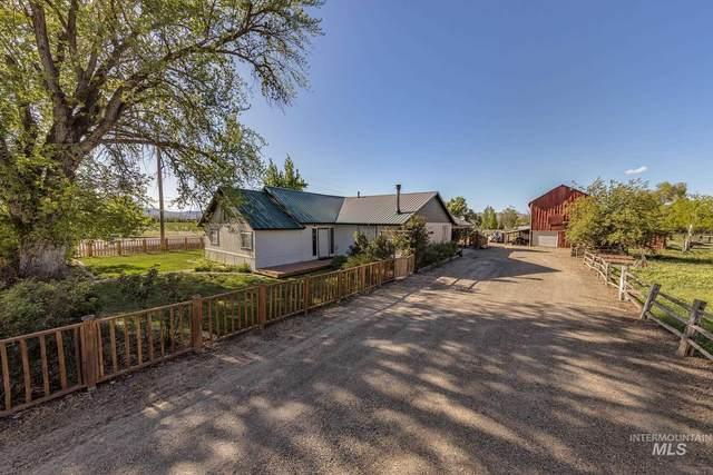 1390 Pioneer Road, Weiser, ID 83672 (MLS #98802109) :: Minegar Gamble Premier Real Estate Services
