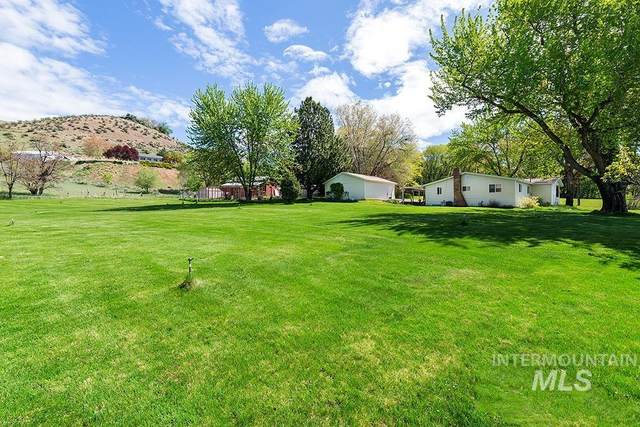5810 W Hill Rd, Boise, ID 83703 (MLS #98802129) :: City of Trees Real Estate