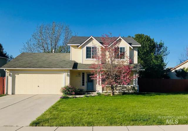 2597 W. Park Stone Dr, Meridian, ID 83646 (MLS #98802336) :: First Service Group