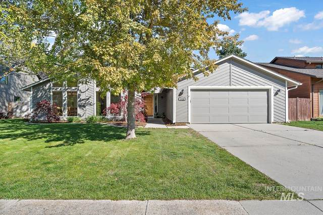 2228 S White Pine Pl, Boise, ID 83706 (MLS #98802371) :: Jon Gosche Real Estate, LLC