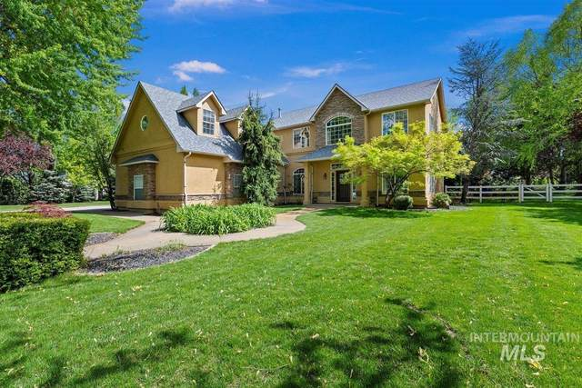 1455 W Newfield Drive, Eagle, ID 83616 (MLS #98802372) :: First Service Group