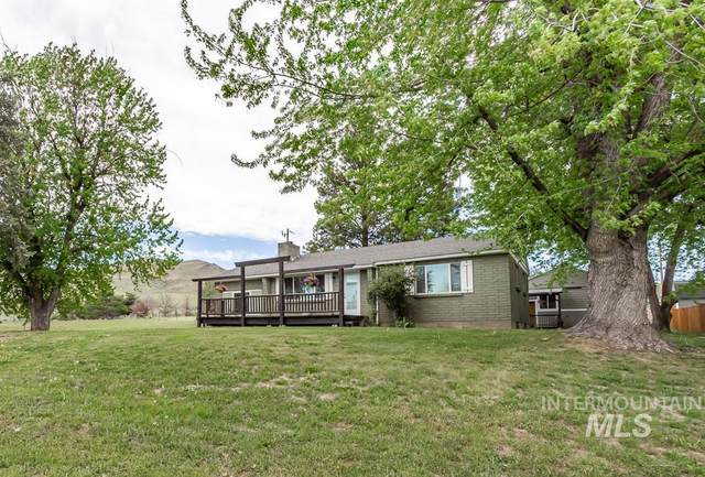 535 Hwy 52, Horseshoe Bend, ID 83629 (MLS #98802376) :: Build Idaho