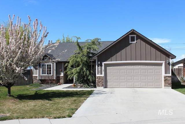 16979 N Saxton Ct., Nampa, ID 83687 (MLS #98802383) :: Minegar Gamble Premier Real Estate Services
