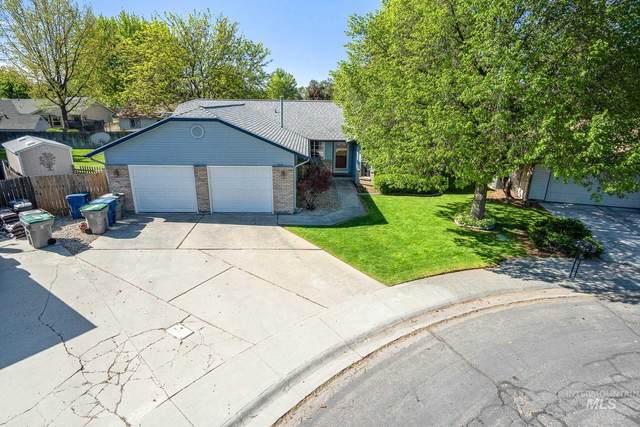 918 N Iris Pl, Boise, ID 83704 (MLS #98802404) :: City of Trees Real Estate