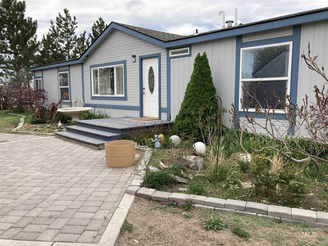 1682 E 1750 S, Gooding, ID 83330 (MLS #98802410) :: Juniper Realty Group