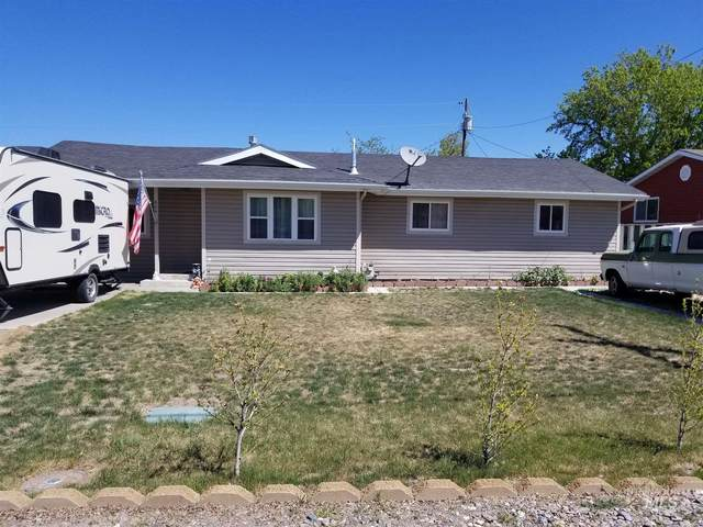604 Sawtooth, Buhl, ID 83316 (MLS #98802416) :: Juniper Realty Group