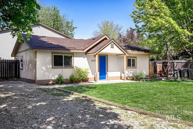 2225 S Pacific, Boise, ID 83705 (MLS #98802545) :: Minegar Gamble Premier Real Estate Services