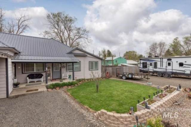 60 S First Street, Cambridge, ID 83610 (MLS #98802570) :: Epic Realty