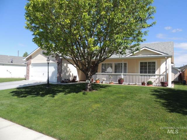 1204 W Peregrine Drive, Nampa, ID 83651 (MLS #98802580) :: City of Trees Real Estate
