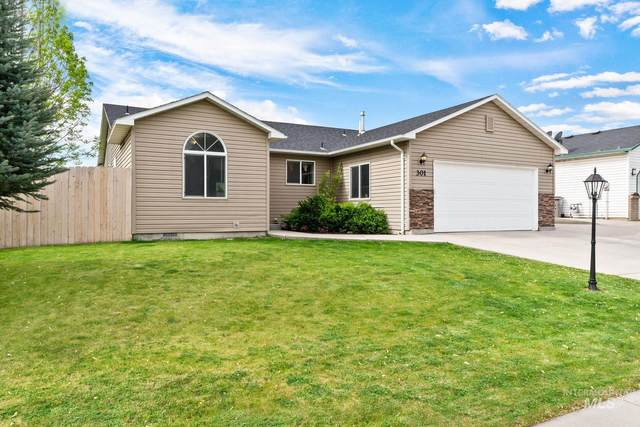 301 Sunridge Dr, Caldwell, ID 83605 (MLS #98802603) :: Jon Gosche Real Estate, LLC