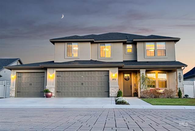 3915 W Riva Capri St, Meridian, ID 83646 (MLS #98802792) :: Minegar Gamble Premier Real Estate Services