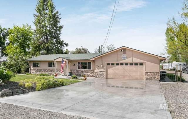 1884 E Main Street, Emmett, ID 83617 (MLS #98802995) :: Boise River Realty