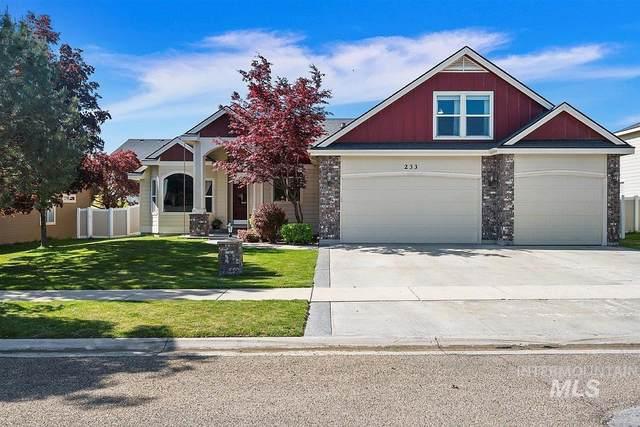 233 E Mikyl Ridge Loop, Nampa, ID 83686 (MLS #98803043) :: Team One Group Real Estate