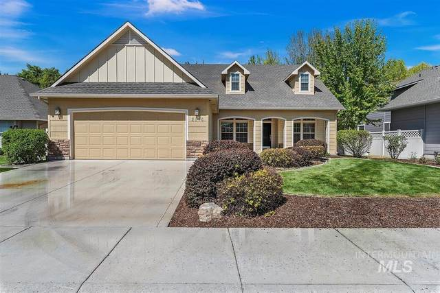 2176 W Grassy Branch Drive, Meridian, ID 83646 (MLS #98803080) :: Team One Group Real Estate