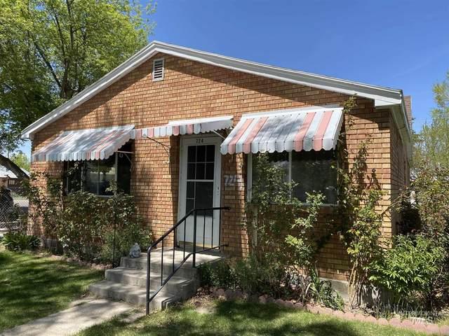 724 3rd St, Rupert, ID 83350 (MLS #98803240) :: Jon Gosche Real Estate, LLC