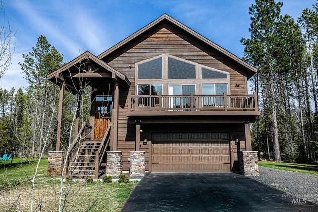 13108 Crane Shore, Donnelly, ID 83615 (MLS #98803328) :: Minegar Gamble Premier Real Estate Services