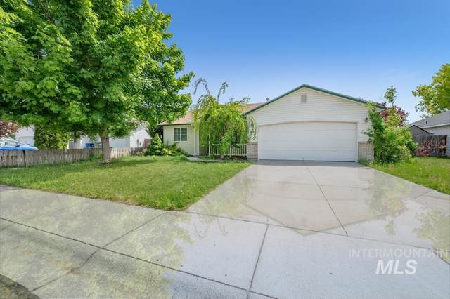1825 W Curlew, Nampa, ID 83651 (MLS #98803601) :: Boise Home Pros