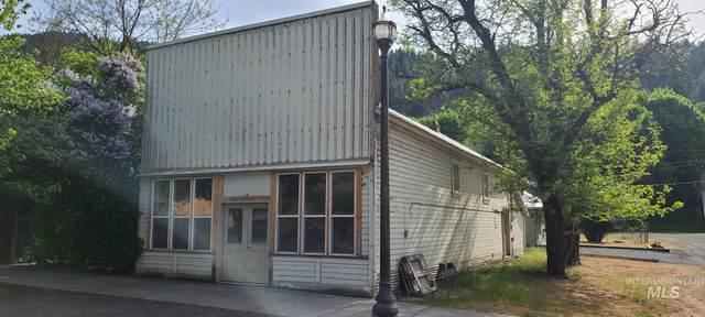 116 N Main St, Peck, ID 83546 (MLS #98803807) :: Team One Group Real Estate