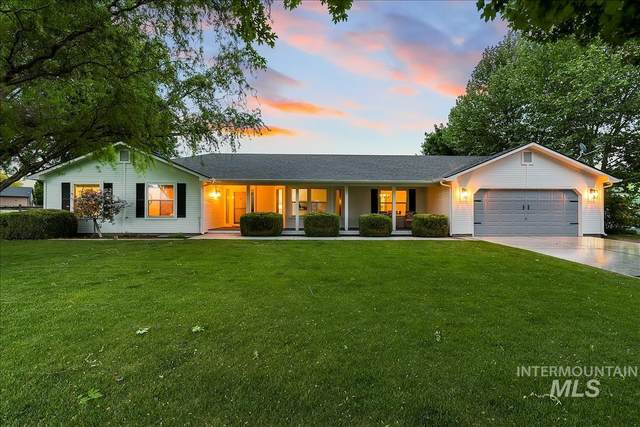 10040 W Star Acres Drive, Star, ID 83669 (MLS #98804004) :: Story Real Estate